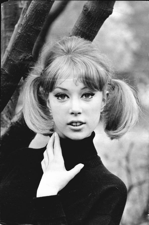 Pattie Boyd, 1962