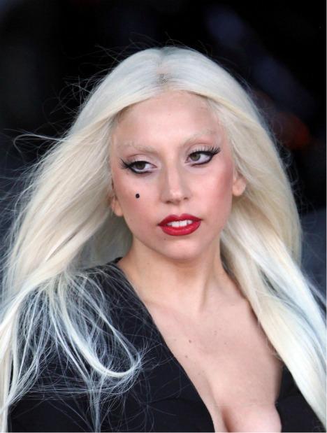lady-gaga-blonde-hair.jpg