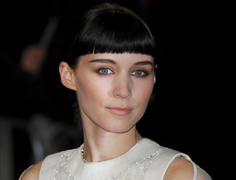 rooney-mara-dragon-tattoo-premiere-black-fringe.jpg