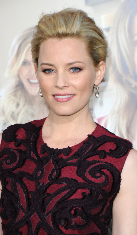 elizabeth-banks-bird-hair-accessory-2012-chignon.jpg