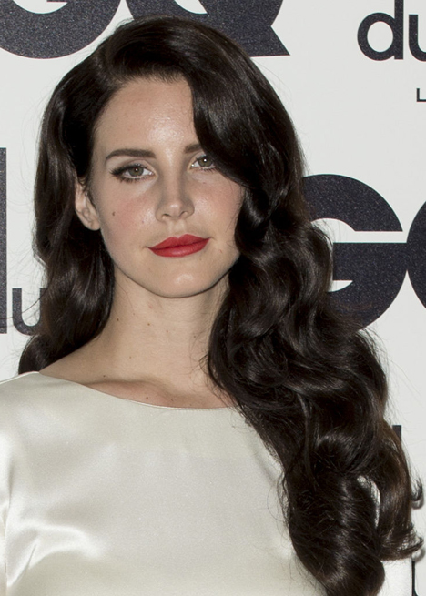 lana-del-rey-black-hair-qg-2012.jpg
