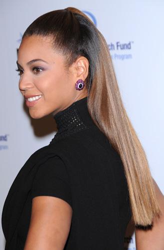 Beyonce-Knowles-half-up-hair.jpg