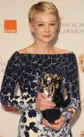 carey-mulligan-blonde-award-small.jpg