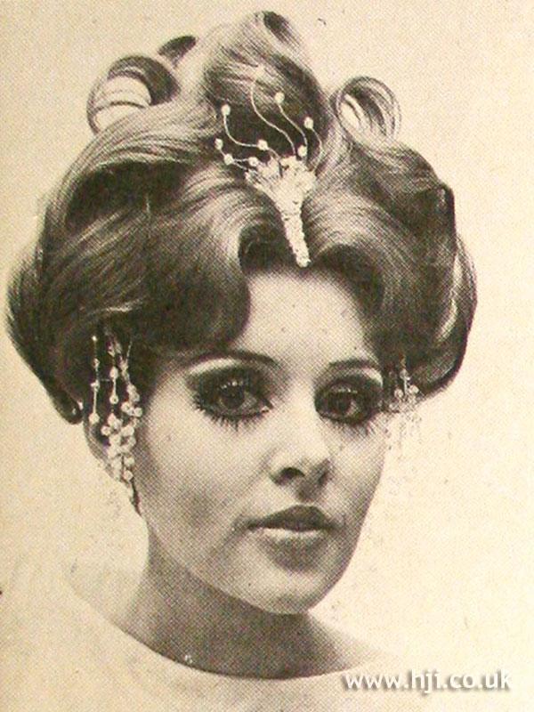 1968-updo-curls.jpg