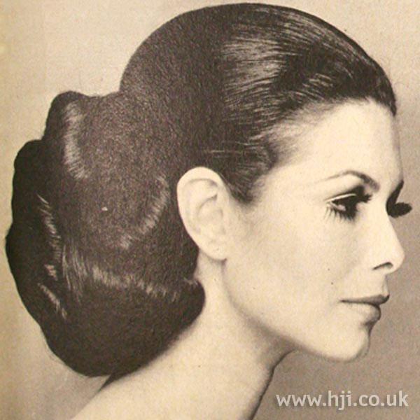 1969-Riche-updo.jpg