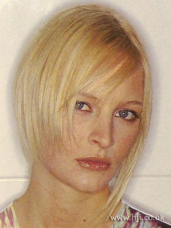 2002-asymmetric-blonde.jpg