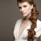 2009-ponytail-curls.jpg